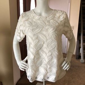 NWOT embroidered ivory top
